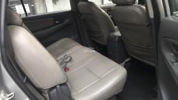 Gia đình cần bán xe hiệu Toyota Innova ĐK 2014