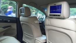 Bán Honda Civic 2009 tự động 1.8 trắng rất tuyệt vời.