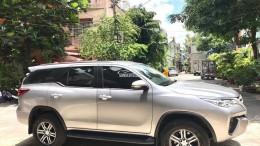 Bán Toyota Fortuner Bạc máy dầu 2017 số sàn nhập Indonesia.