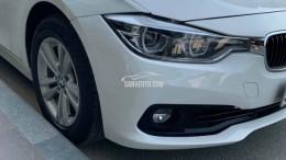 Xe BMW 320i sản xuất 2017 đăng ký 2017 màu trắng ít sửa dụng