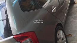 Bán Kia Carens 2.0 tự động 2011 màu xám rất mới.