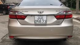 Bán xe Toyota Camry 2.0E 2016, xe chính chủ đi ít nên còn rất mới