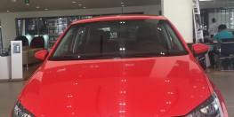 Bán xe nhập Đức Volkswagen Polo Hachback siêu rẻ