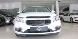 Cần bán Chevrolet Cruze LT đời 2017 giá rẻ bất ngờ