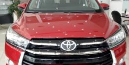 Bán xe Toyota Innova 2.0G Venturer Màu Đỏ - Khuyến Mãi Lớn - Giao Ngay