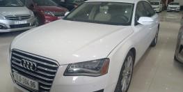 Audi A8 2011 3.0 at, mới về bên em màu trắng tinh tế.