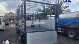 Xe tải JAC 1t9 thùng dài 4m3 động cơ ISUZU.