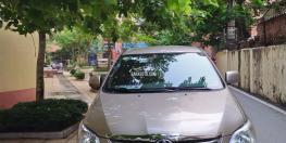 Gia đình cần bán chiếc xe toyota innova 2013
