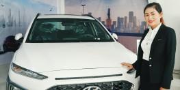 Bán xe Huyndai Kona Turbo Trắng, mới 100% . Giá ưu đãi, khuyến mãi sập sàn. Giá trị khuyến mãi lên đến 50tr đồng. Hỗ trợ vay trả góp 80% giá trị xe, giải quyết hồ sơ NỢ XẤU, hồ sơ KHÓ VAY, KHÔNG CHỨNG MINH THU NHẬP