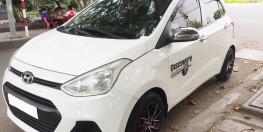 Gia đình cần bán xe Hyundai Grand i10 2015