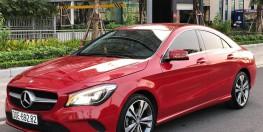 Bán xe Mercedes CLA 200 2017 màu đỏ