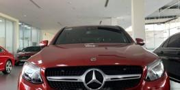 GLC300 Coupe sx2019 đỏ mới 100% nhập nguyên xe giá xe lướt giao tháng 4