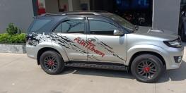 Toyota Fortuner 2016 máy dầu số sàn