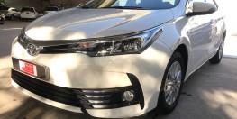 Bán xe Altis 1.8 E tự động, màu trắng 2018