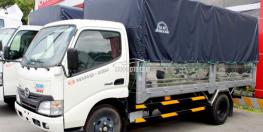 Bán xe tải Hino XZU650L 1,9 tấn thùng mui bạt giá rẻ