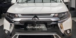 Mua Outlander 2020 giảm 50% trước bạ,giá tốt nhất tại Miền Trung