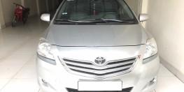 Toyota Vios 1.5E cuối 2010 form mới 2011 vô lăng méo lazang tăm