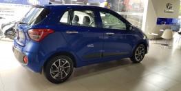 Hyundai GRAND i10 AT