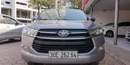 Toyota Innova 2.0E - 2015