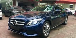 bán Mercedes Benz C200 màu xanh Cavansite nội thất đen sản xuất 2018,