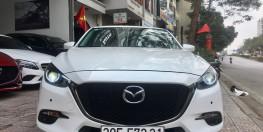 Mazda3 Facelift 1.5L hachbak màu trắng sản xuất 2019