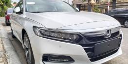 Honda Accord Trắng 2021 nhập khẩu Thái Lan khuyến mãi cực khủng