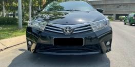 Cần bán xe TOYOTA ALTIS 1.8G CVT 2017 màu đen xe đẹp đi kĩ