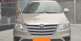 Bán xe TOYOTA INNOVA 2.0E 2015 màu nâu vàng xe đẹp đi kĩ chính hãng Toyota Sure