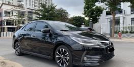 Cần bán xe TOYOTA ALTIS 2.0V Sport 2018 xe đi ít chính hãng Toyota Sure