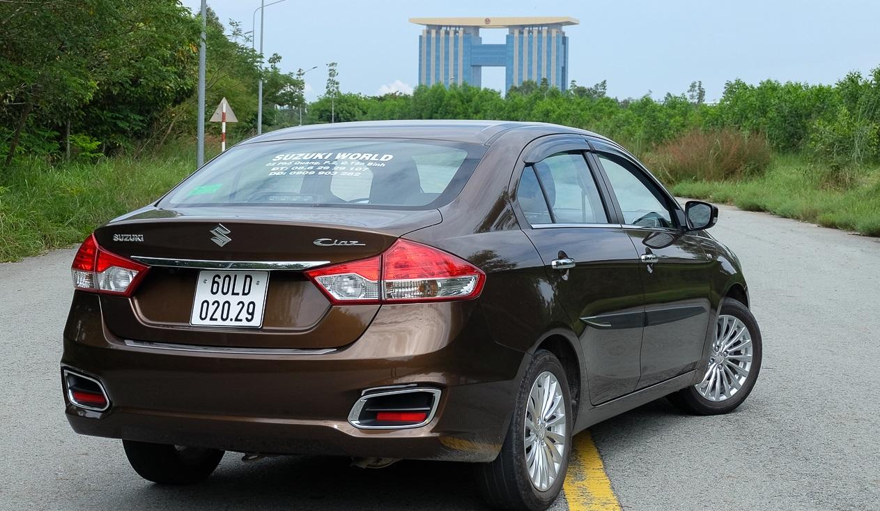 Đánh giá xe Suzuki Ciaz 1