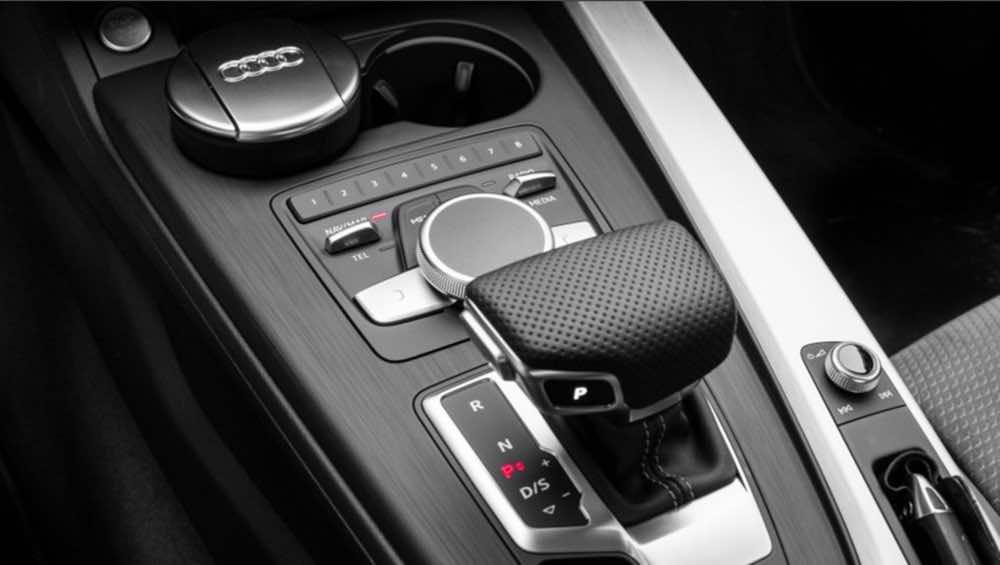Audi A4 2017 5