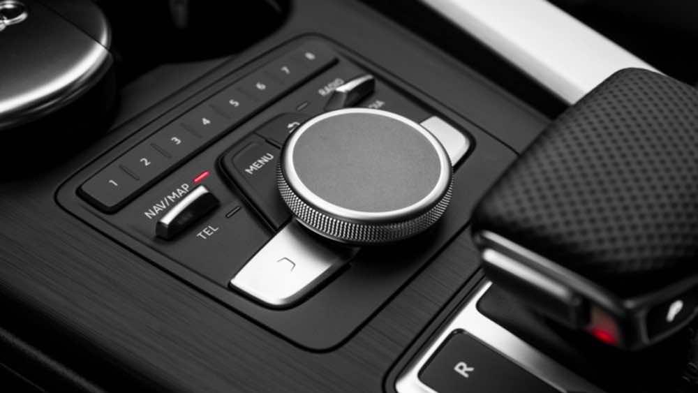 Audi A4 2017 6