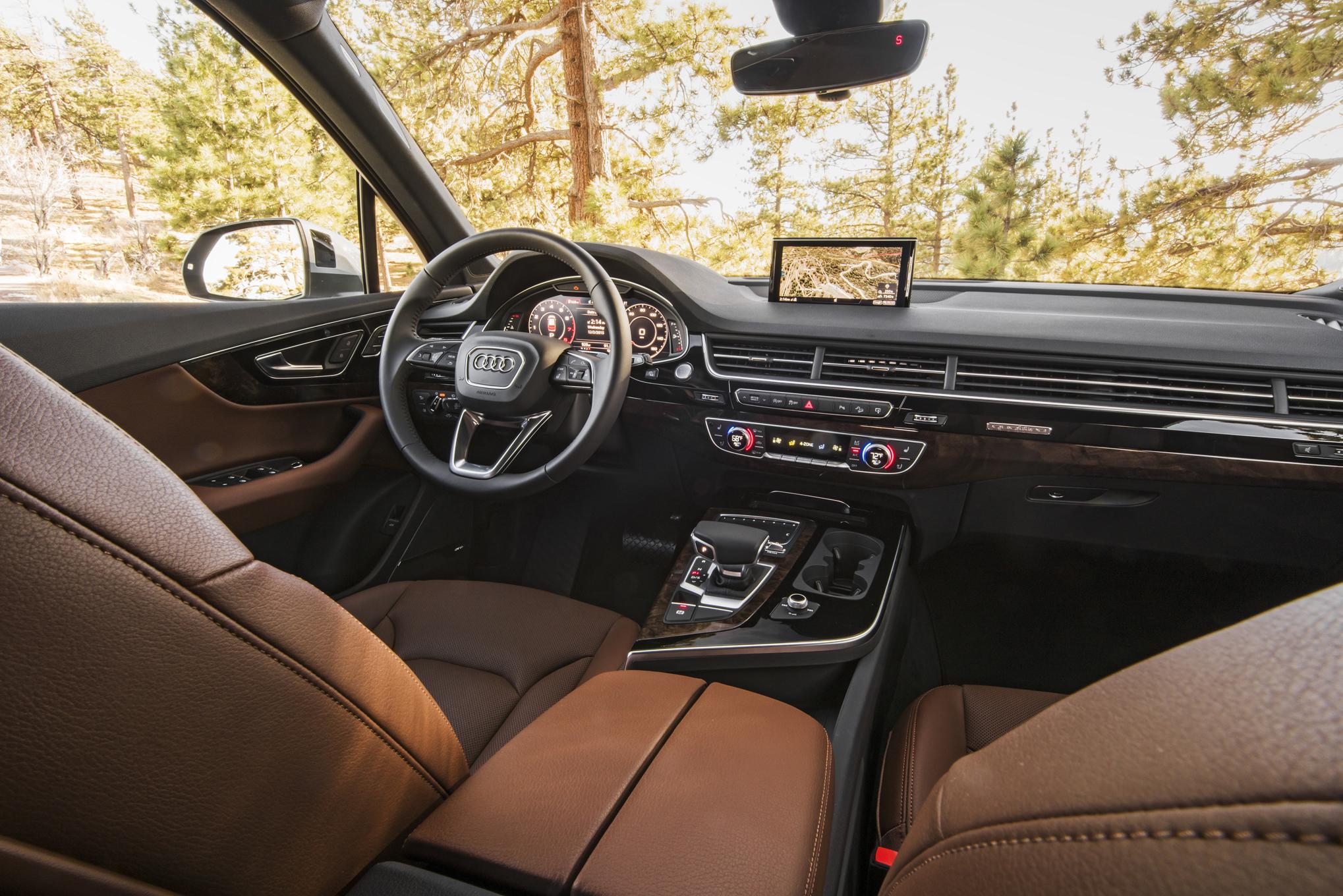 Audi Q7 2017 1