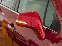Đánh giá xe Chevrolet Trax 2017: Gương chiếu hậu chỉnh/gập điện, tích hợp đèn báo rẽ kèm chức năng sấy nhiệt 1