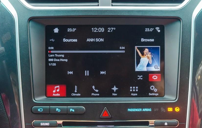 Đánh giá xe Ford Explorer 2017: Hệ thống thông tin giải trí là trang bị tiêu chuẩn gần như hoàn hảo 1