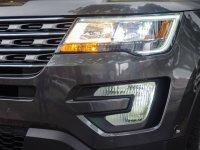 Đánh giá xe Ford Explorer 2017: Cụm đèn chiếu sáng vuông vức 1