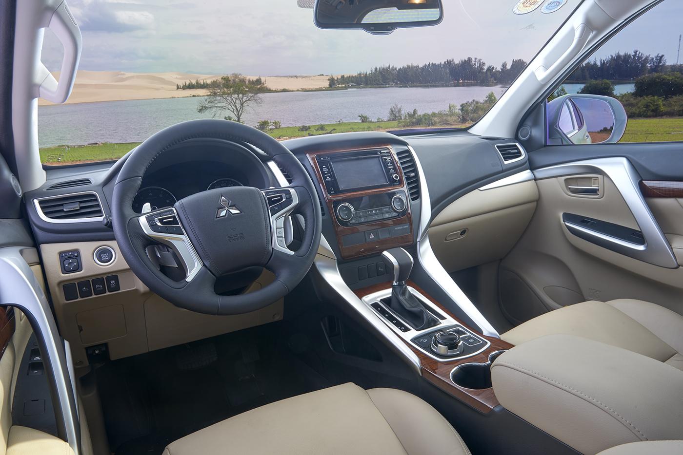 Mitsubishi Pajero Sport 2017 4