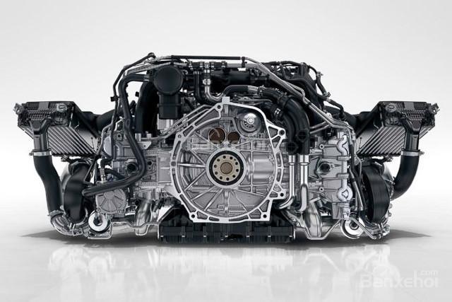 Porsche 911 Carrera 2017 7