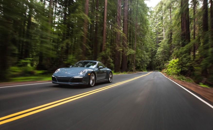 Porsche 911 Carrera 2017 8