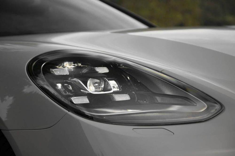 Porsche Panamera Turbo 2017 1.1