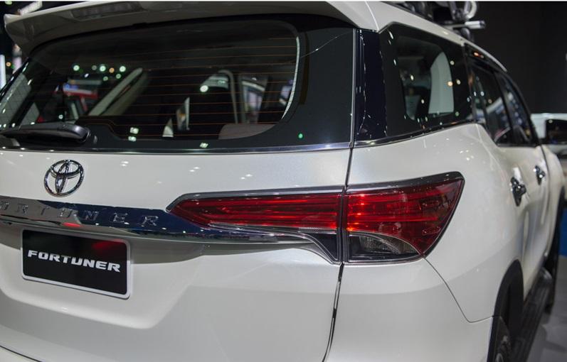 Toyota Fortuner 2017 6