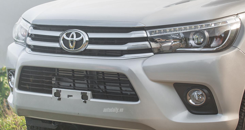 Đánh giá xe Toyota Hilux 2016 2