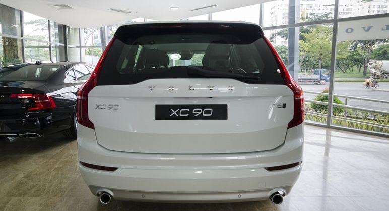 Volvo XC90 2017 10