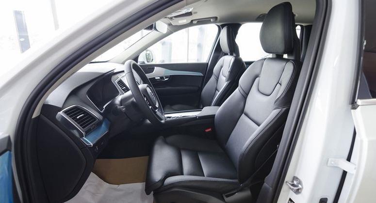 Volvo XC90 2017 14