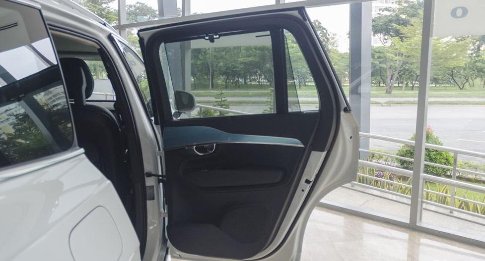 Volvo XC90 2017 26