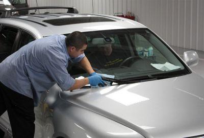 Kiểm tra và bảo dưỡng chăm sóc xe hơi vào mùa mưa