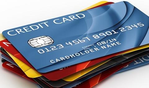 Mua xe bằng thẻ tín dụng
