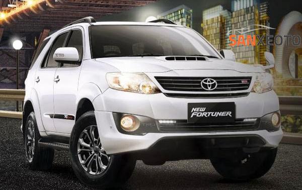 Không chỉ là một dòng xe 7 chỗ cao cấp, hiện đại mà Toyota Fortuner còn tiết kiệm nhiên liệu