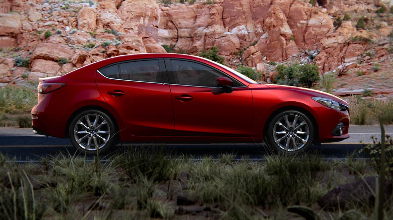 Mazda3 2016 là dòng xe bán chạy giá rẻ hàng đầu ở Việt Nam