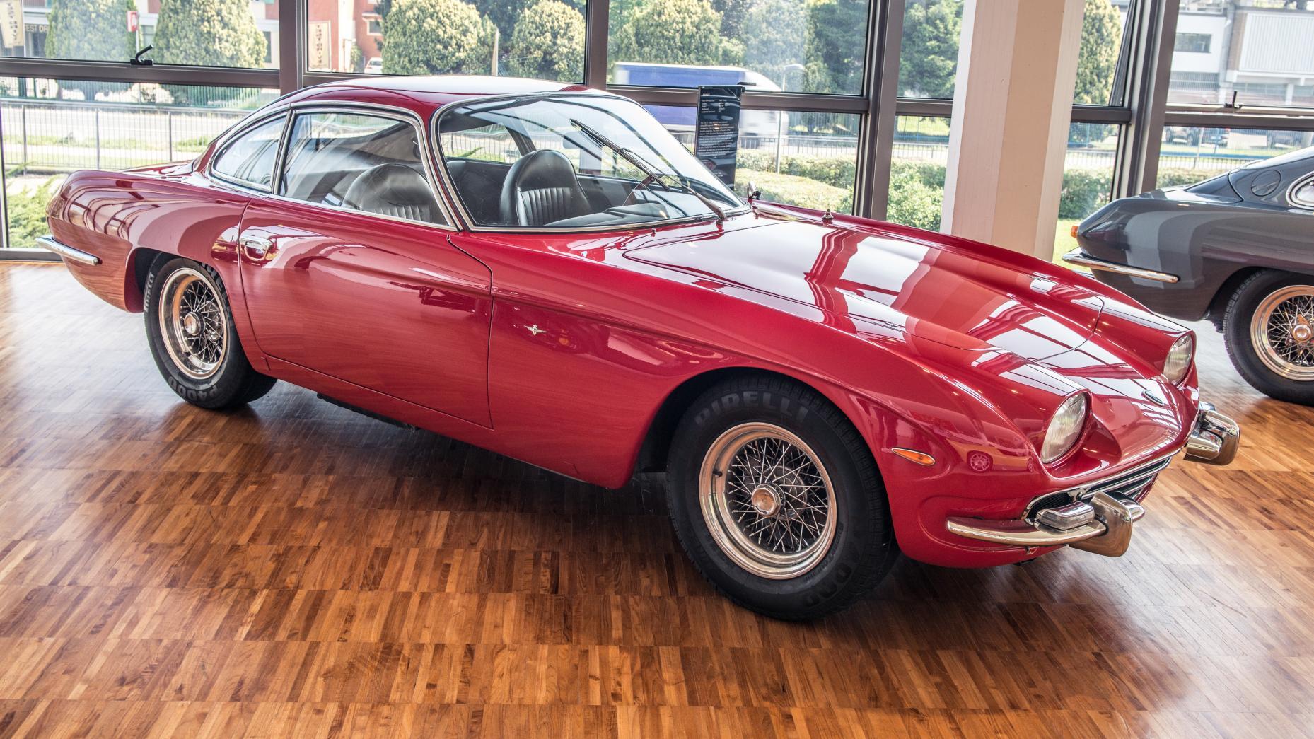 Cùng chiêm ngưỡng bảo tàng của siêu xe Lamborghini 10